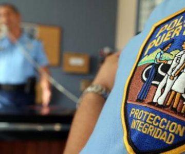 cropw0h0policia090613d 2 360x301 - Se roban motora de la policia en el Cuartel Municipal de Toa Alta