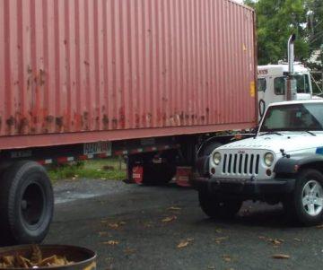 t2sdata65531248 360x301 - Quien es Jose candela, dueño de la finca donde fueron encontrados los vagones