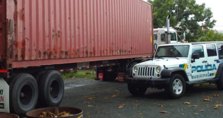 t2sdata65531248 750x398 - Quien es Jose candela, dueño de la finca donde fueron encontrados los vagones