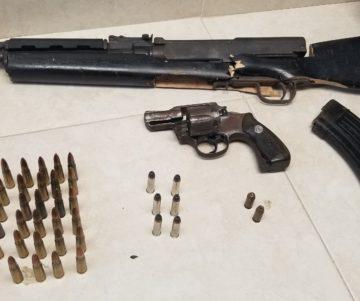 20190716 200909 360x301 - Arrestan 3 personas por armas y drogas en Villa Del Rio en Toa Alta