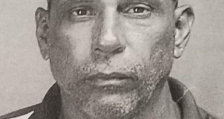 20191021 123702 750x398 - Vestido de mujer encuentran en Toa Alta a sujeto acusado de asesinato