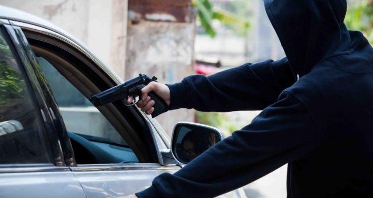 Arrestan individuos hicieron Carjaking a conductor de Uber en Corozal, CombatZonePR