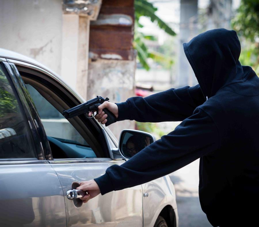 shutterstock593303465 - Arrestan individuos hicieron Carjaking a conductor de Uber en Corozal