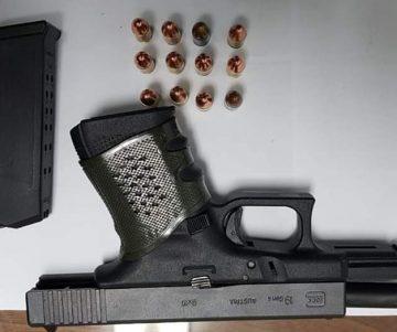 FB IMG 1579580743754 360x301 - Agentes de Toa Alta lo arrestan en Corozal con pistola
