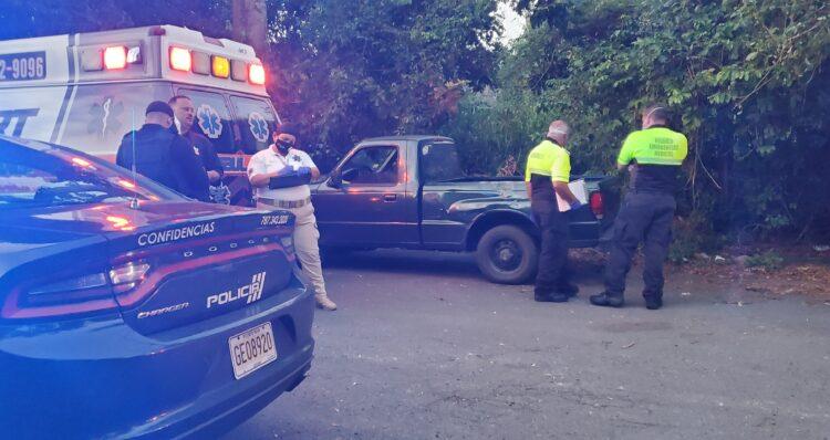 Hombre se priva de la vida en el Bo. Ortiz en Toa Alta, CombatZonePR