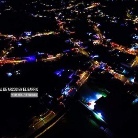 FB IMG 1606302299535 450x450 - Vecinos en Villa Juventud en Toa Alta se unen para adornar su barrio