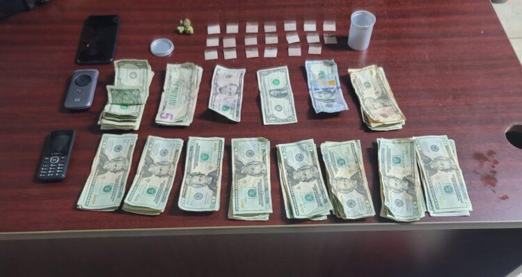 Preventiva Municipal de Corozal Ocupa Drogas y dinero en efectivo, CombatZonePR