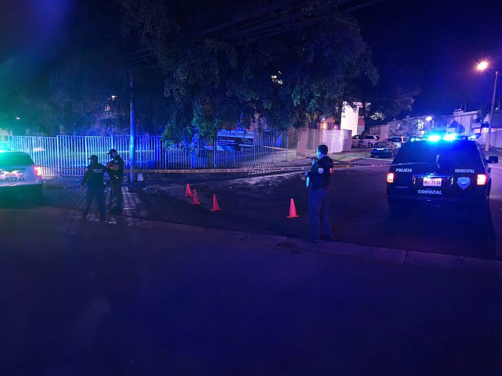 IMG 20210715 WA0021 1024x768 - En estos momentos dos heridos de Bala frente a residencial de Corozal